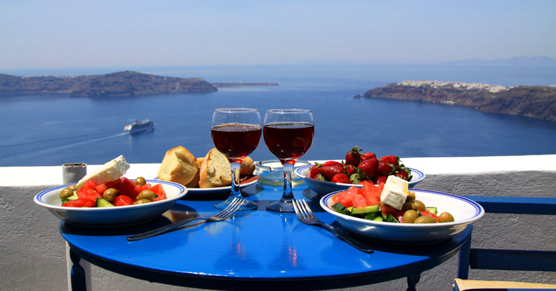 ideal breakfast on santorini