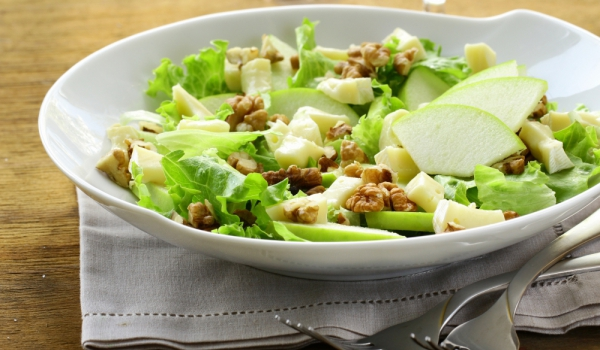 green-salad-walnut-apple1